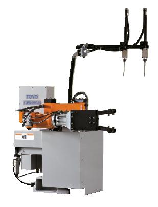 Робот-извлекатель для литьевой машины